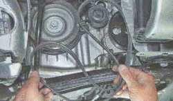 Ремень генератора и помпы (насоса) Лада Ларгус (снятие)