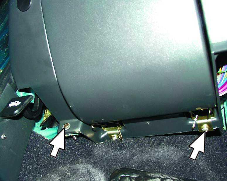 Снятие и установка монтажного блока ВАЗ 2110