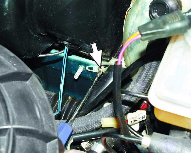 Снятие и установка вентилятора отопителя ВАЗ 2110