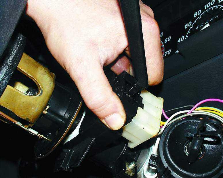 Проверка и замена подрулевых переключателей ВАЗ 2110