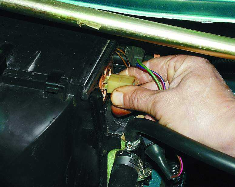 Замена дополнительного резистора отопителя ВАЗ 2110