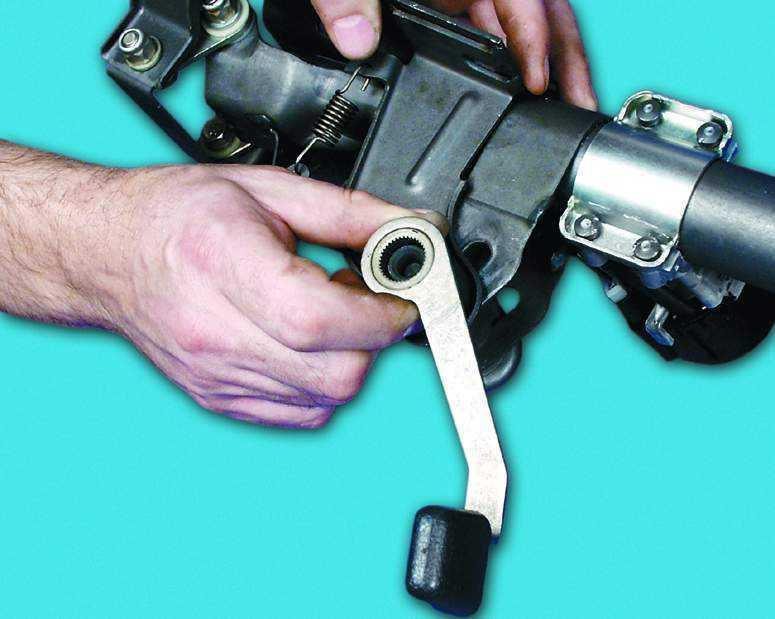 Механизм регулировки рулевой колонки ВАЗ 2110