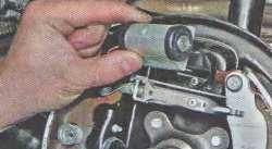 Замена передней пружины мицубиси аутлендер 3